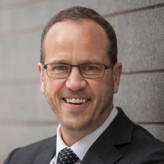 Kevin J Heinrichs